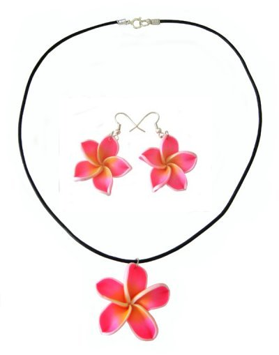 vibrant pink necklace and earrings